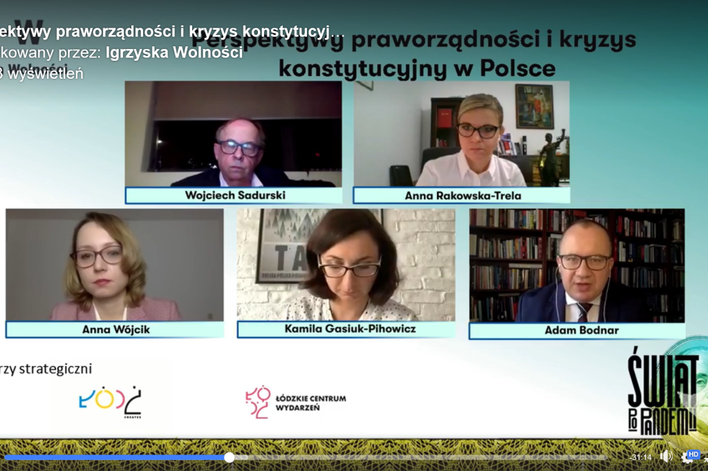 zdjęcia osób na ekranie komputera uczestniczących w dyskusji online