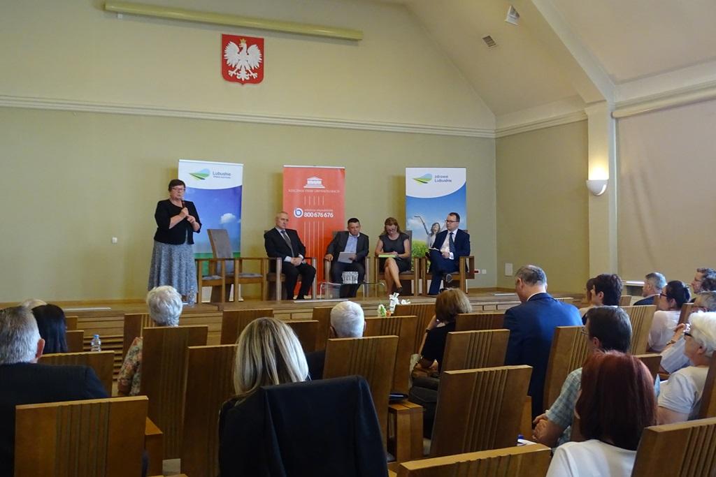 Zdjęcie: uczestnicy panelu