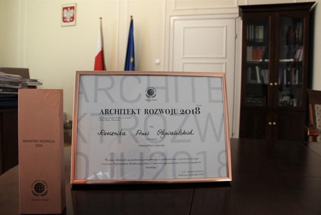 Honorowy dyplom i nagroda dla BRPO