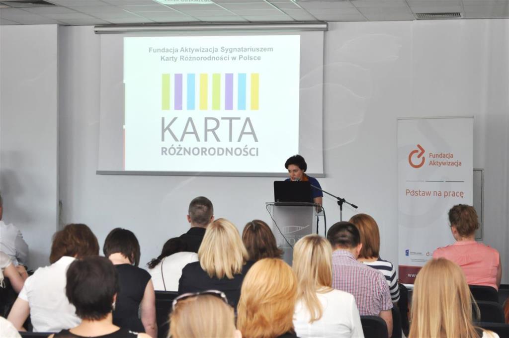 na zdjęciu Dorota Siwiec-pracownik Biura RPO podczas indywidualnego wystąpienia
