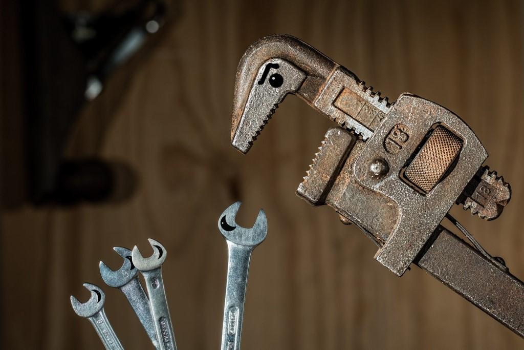 zestaw narzędzi do przykręcania