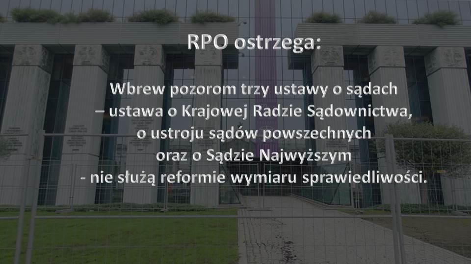 """Napis """"RPO ostrzega"""" na zdjęciu kolumnady budynku Sądu Najwyższego"""