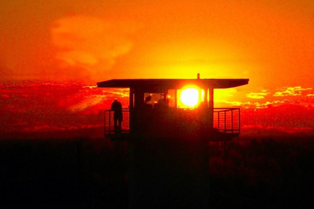zdjęcie wieży strażniczej więzienia