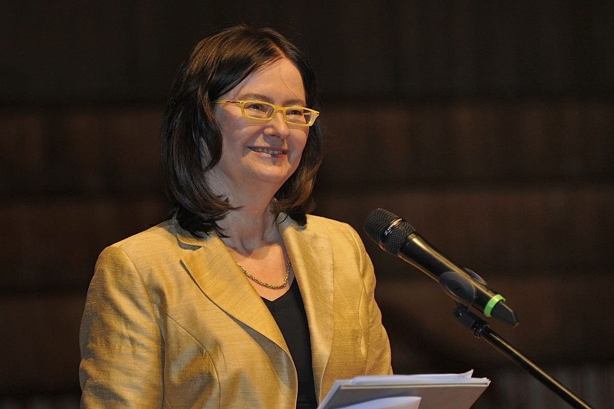 Prof. Irena Lipowicz