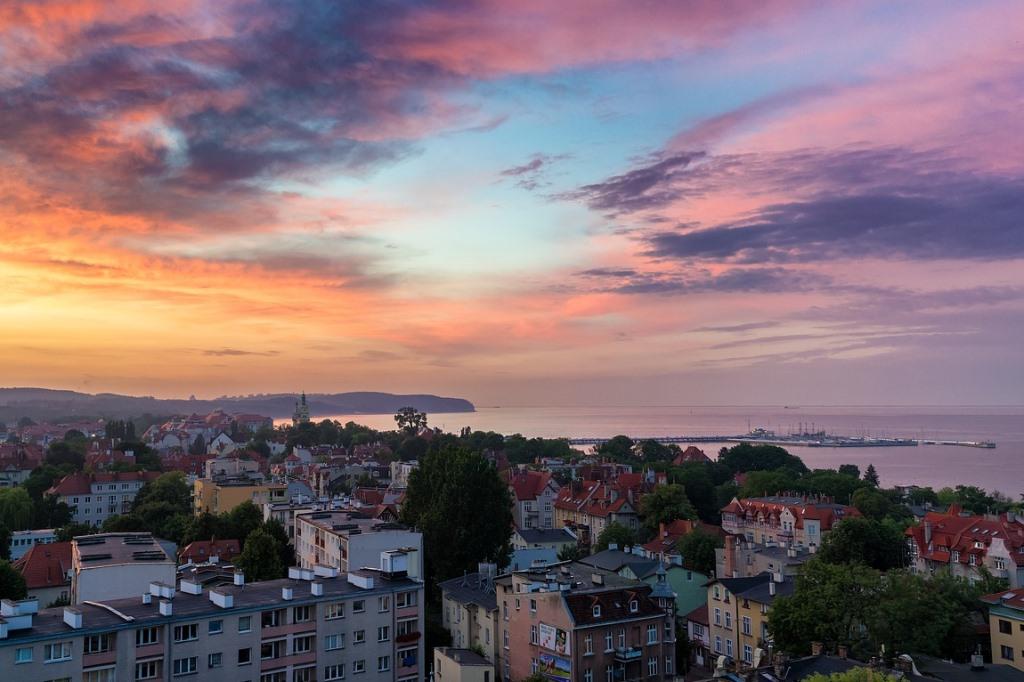 Miasto nad morzem, molo