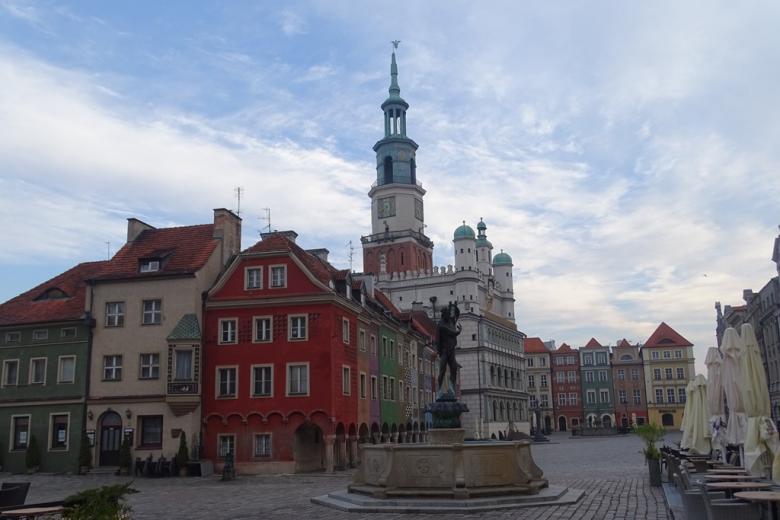 Renesansowy ratusz z wieżą
