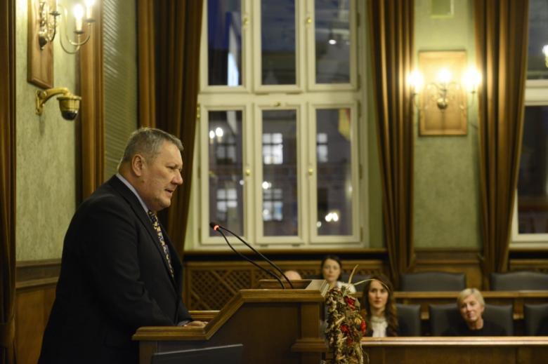 na zdjęciu przemawia prof. dr hab. Marek Bojarski