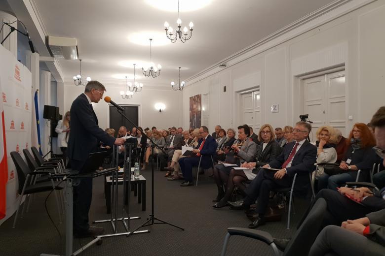 ZRPO Stanisław Trociuk otwiera konferencję nt. Karty Praw Podstawowych