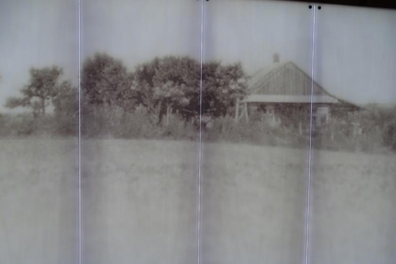 Archiwalne zdjęcie: dom na wis