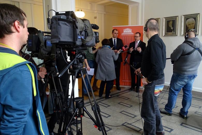 na zdjęciu konferencja prasowa na temat wniosku RPO ws. nowelizacji ustawy o Policji