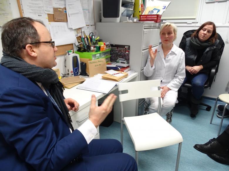 RPO z wizytą w przychodni Stowarzyszenia Lekarze Nadziei