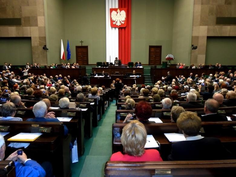 na zdjęciu uczestnicy Obywatelskiego Parlamentu Seniorów