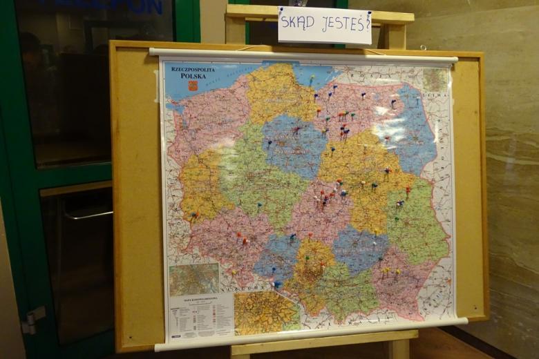 Zdjęcie mapy z pinezkami