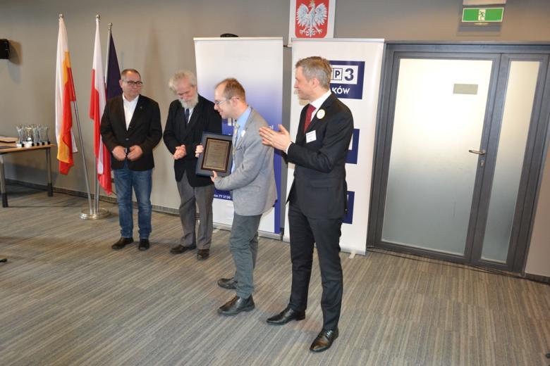 Dr Krzysztof Kurowski odbiera nagrodę specjalną