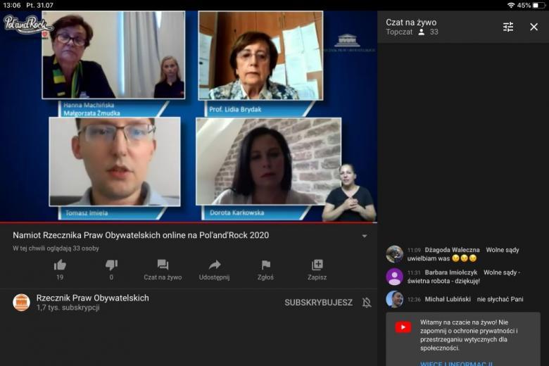 Screen ekranu: debatujące osoby i lista czatu