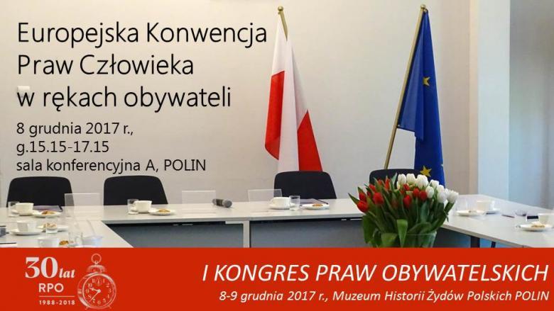 Mem ze zdjęciem sali konferencyjnej z flagami Polski i UE oraz bukietem białych i czerwonych tulipanów