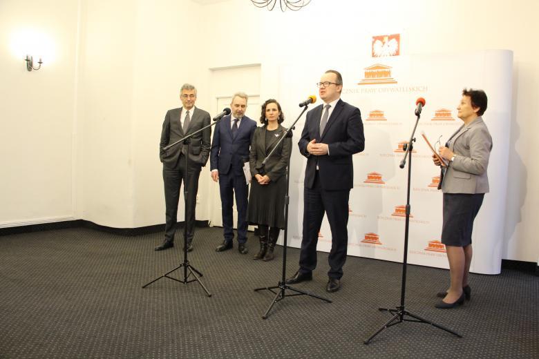 Briefing prasowy rzecznika praw obywatelskich Adama Bodnara w sprawie opinii Komisji Weneckiej na temat zasad działania instytucji Ombudsmana