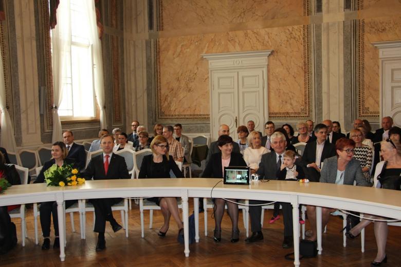 Sala Rady Miasta Przemyśla, goście podczas uroczystości