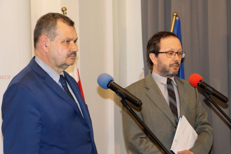 Briefing zastępcy rzecznika praw obywatelskich Krzysztofa Olkowicza w związku z ujawnionymi przez media materiałami dotyczącymi śmierci 25-letniego Igora Stachowiaka
