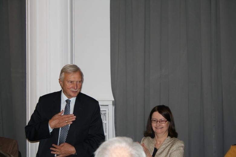 na zdjęciu prof. Grzegorz Opala oraz prof. Irena Lipowicz