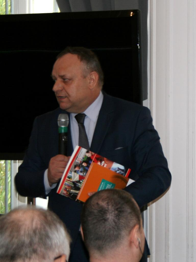 na zdjęciu Jarosław Duda, pełnomocnik rządu ds. osób niepełnosprawnych
