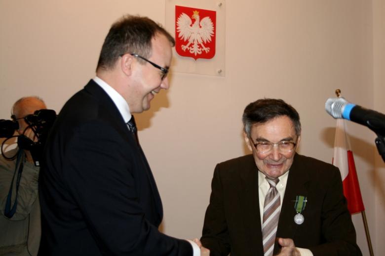 na zdjęciu Rzecznik Praw Obywatelskich dr Adam Bodnar i Marian Turski