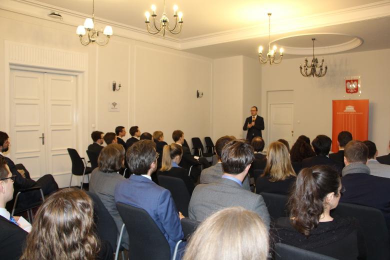 Spotkanie RPO z młodymi dyplomatami