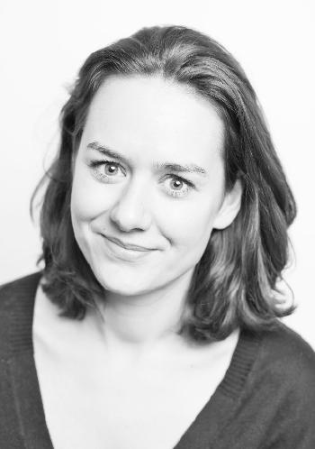 Czarno-białe zdjęcie portretowe kobiety