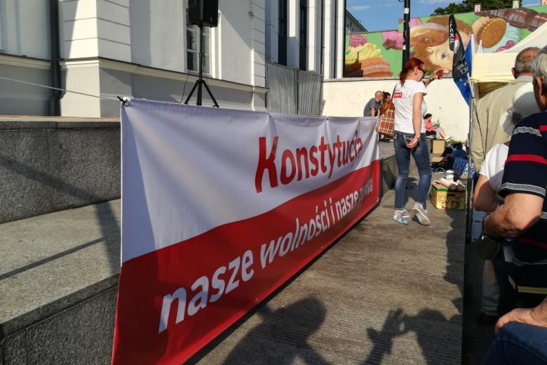 Biało-czerwony banner