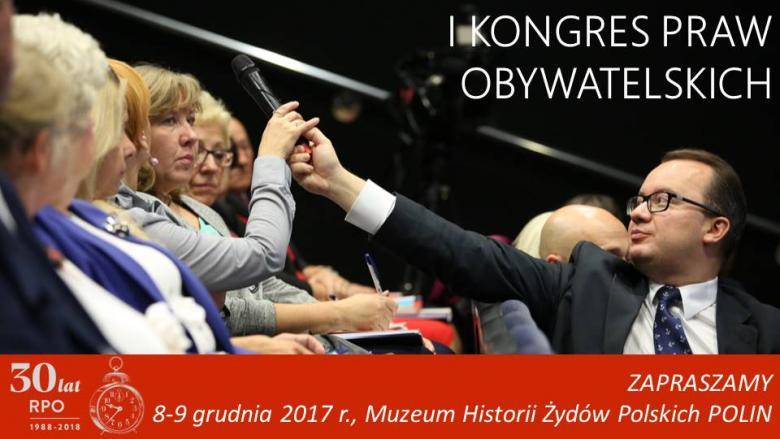 Mem ze zdjęciem, na którym RPO Adam Bodnar podaje mikrofon ludziom
