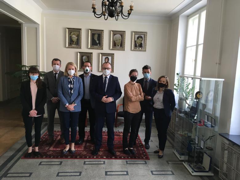 Adam Bodnar oraz przedstawiciele Komisji Praw Człowieka przy NRA i Biura RPO