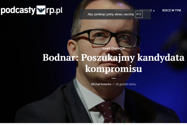 """Portret mężczyzny z napisem """"Bodnar: poszukajmy kandydata kompromisu"""""""