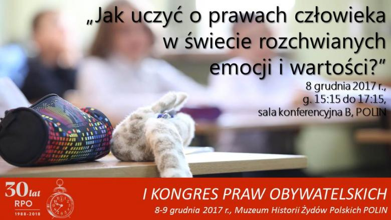 Mem ze zdjęciem piórnika i maskotki w klasie
