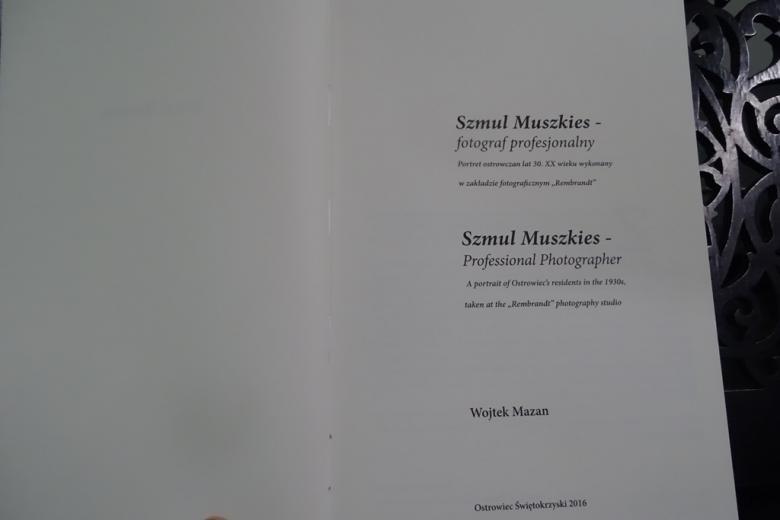 Sytrona tytułowa książki