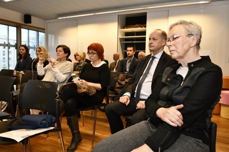 Uczestnicy warsztatów (pełna sala)